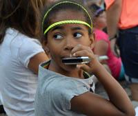 Jeune harmoniciste